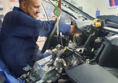Toyota RAV 4 — установлена сигнализация StarLine S96 GSM, тонировка Shadow Guard 95%, тонировка боковых атермальной пленкой