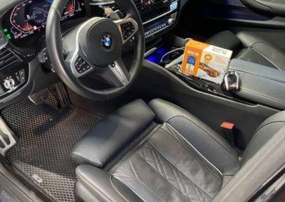 На автомобиль BMW 5 серии 2021 г. установили поисковый маяк StarLine M22-96